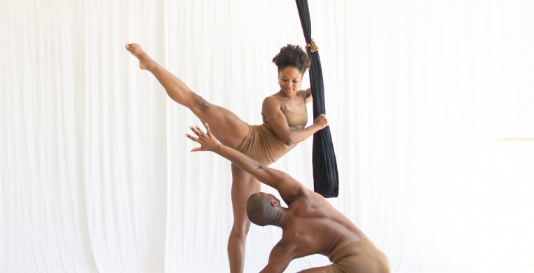 Aerial Dance Chicago dancers Michelle Reid and Sam Crouch.
