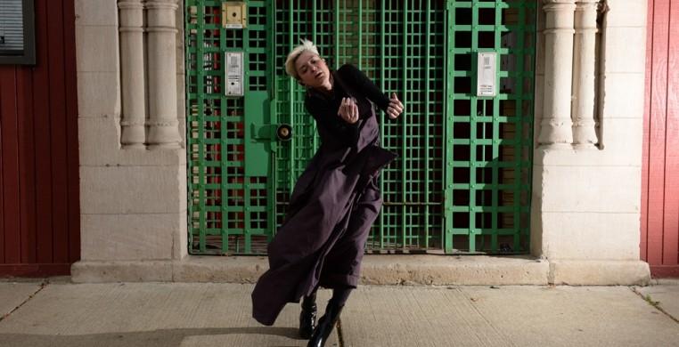Neighborhood Dances Workshop, Defibrillator Gallery, Chicago, 2015. Photo: Michael Courier