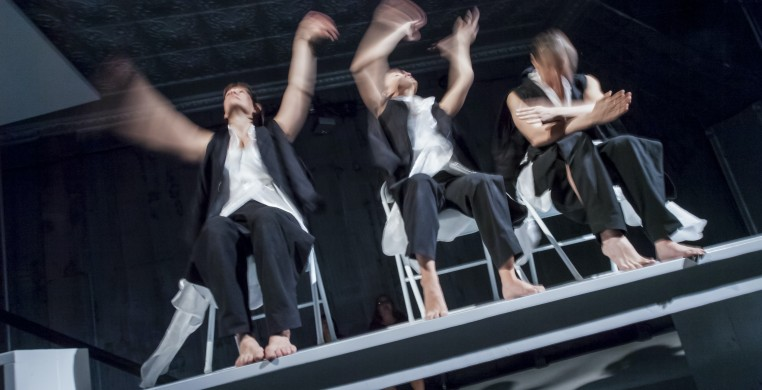 Zephyr Dance: Recurrences