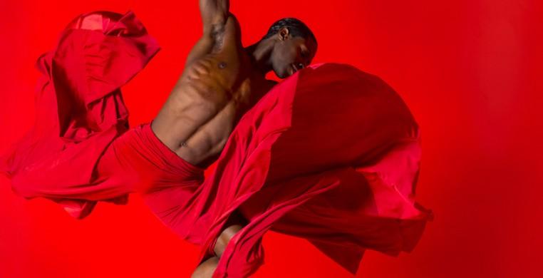 Dancer: Devin Buchanan. Photographer: Todd Rosenberg