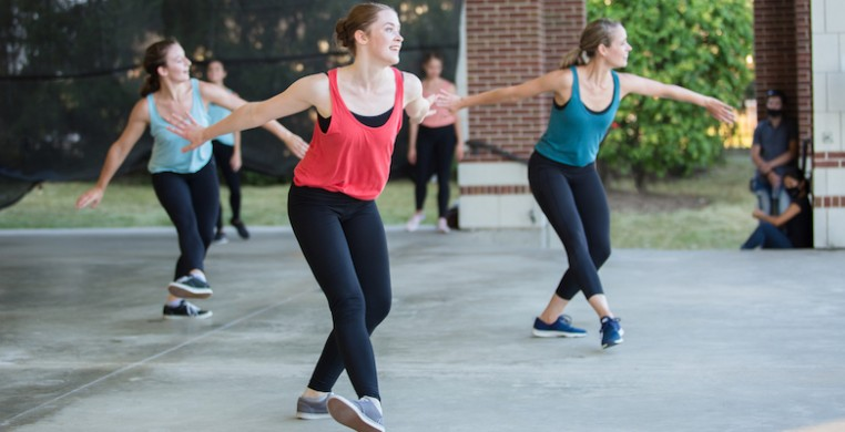 """""""Fall for the Outdoors,"""" is an outdoor summer series with three new works by Ballet 5:8. The company shifted plans when the coronavirus pandemic closed their studios this March. Pictured: """"Mercy"""" by Julianna Slager, photo credit: Lana Kozol"""