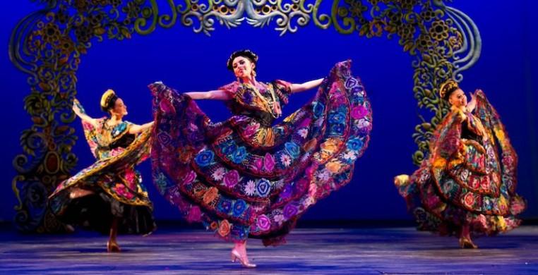 Ballet Folklorico de Mexico returns to the Auditorium Theatre as part of the venue's International Dance Series. Photo courtesy Auditorium Theatre.