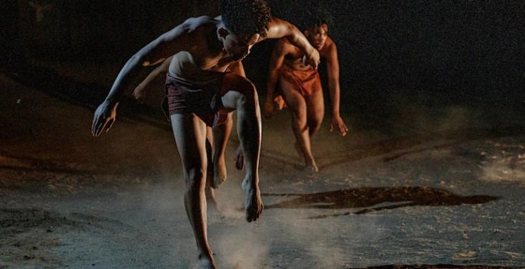 """Garage Dance Ensemble in """"Gat innie Grond, Wond in My Siel (Hole in the Ground, Wound in my Soul)"""" by choreographer Byron Klassen. (Handout)"""
