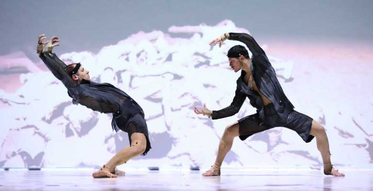 "Video game technology used in David Middendorp's ""Wereldleiders,"" (above) performed by Dutch company INTRODANS, blends 2-D and 3-D worlds. A recording was presented as part of the JOMBA! Contemporary Dance Experience. Photo Hans Gerritsen"