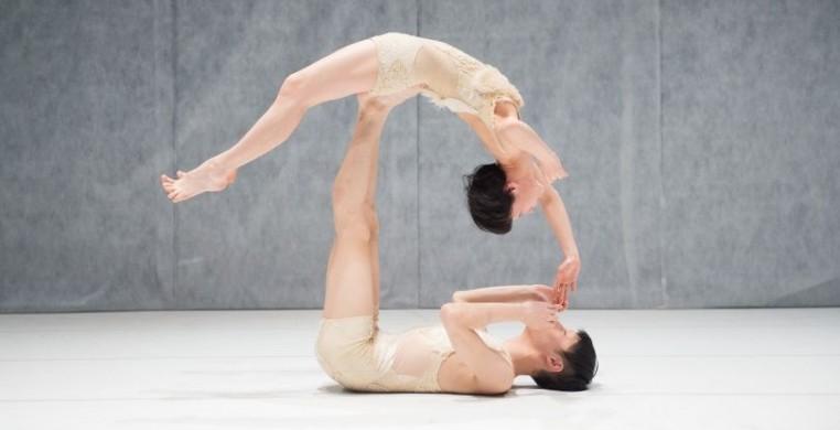 Kaori Seki (suspended) photo cr.: Kazuyuki Matsumoto