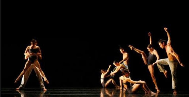 Thodos Dance Chicago New Dances 2017 (photo: Charles Osgood)