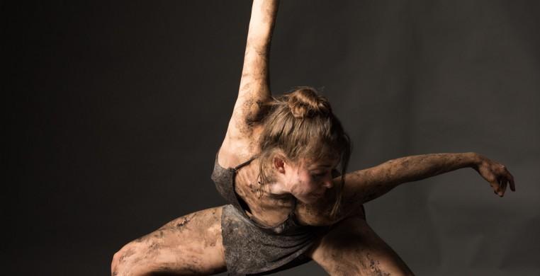 Elements Contemporary Ballet dancer Chloe Duryea. Photo by Topher Alexander.