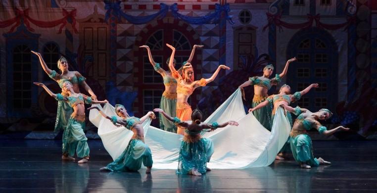 Salt Creek Ballet's The Nutcracker. Photo by Lane Cameron