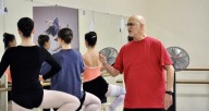 Randy Newsom teaching ballet class at RPCA